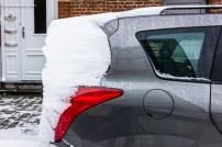 wind en sneeuw vormden sculpturen
