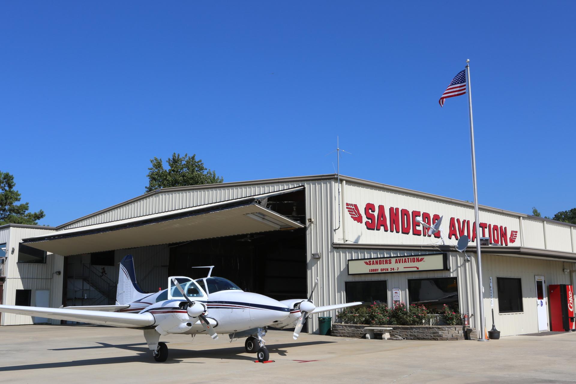 Sanders Flight Training BE95 Travelair