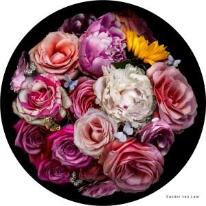 ronde bloemen schilderij van Sander van Laar de digitale bloemist