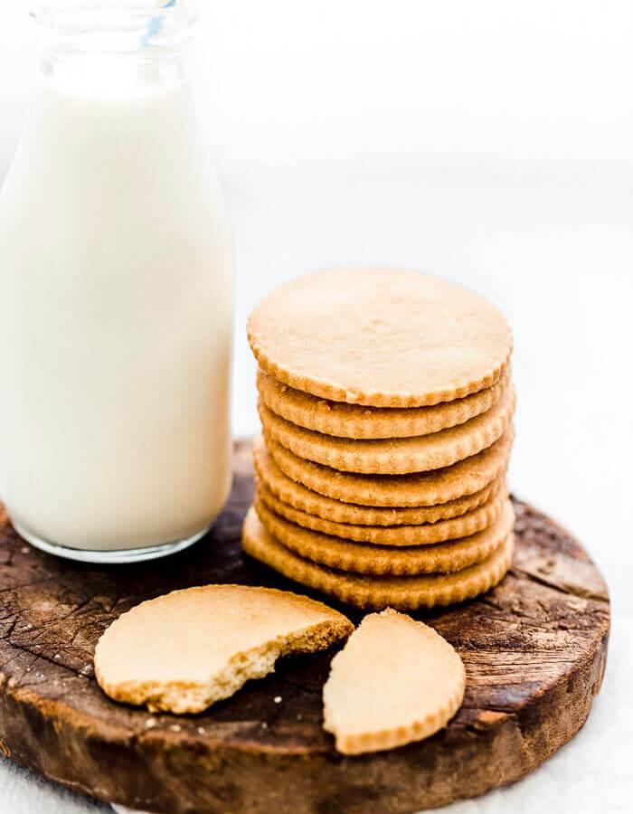 basic shortbread cookies recipe image