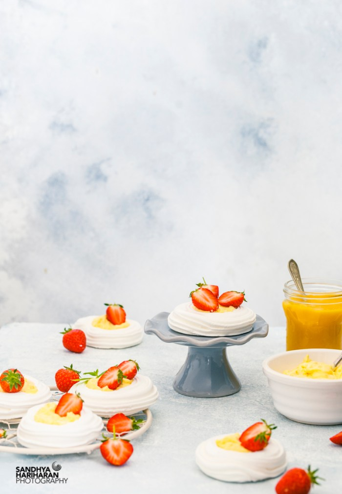 Meringue with Mango Lime Curd