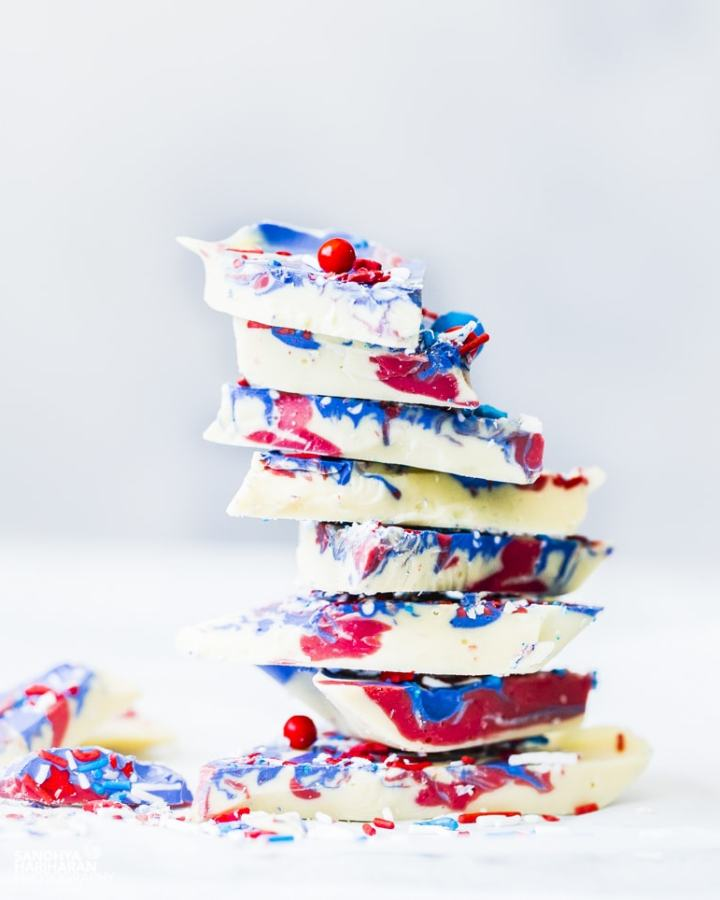 red white blue chocolate bark recipe image