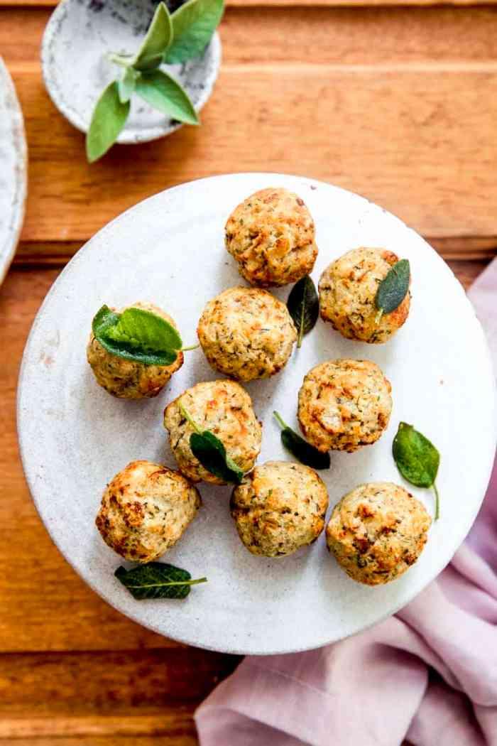 sage and onion stuffing balls