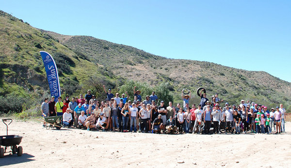 TijuanaRiverValley_Cleanup_Volunteers