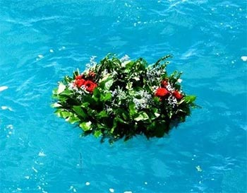 Wreath for ash scattering at sea
