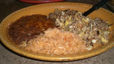 Ponces machaca