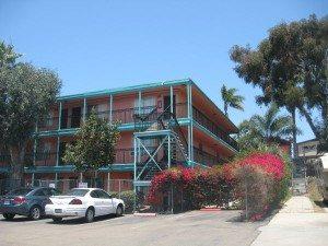Golden Hill Apartment