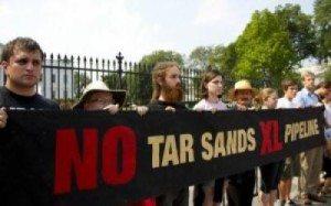 tar-sands-protest-2-537x358-300x200
