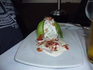 half head lettuce, onions, bacon, tomato and dressing