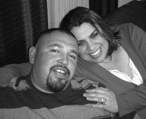 Juan and Alma in love.