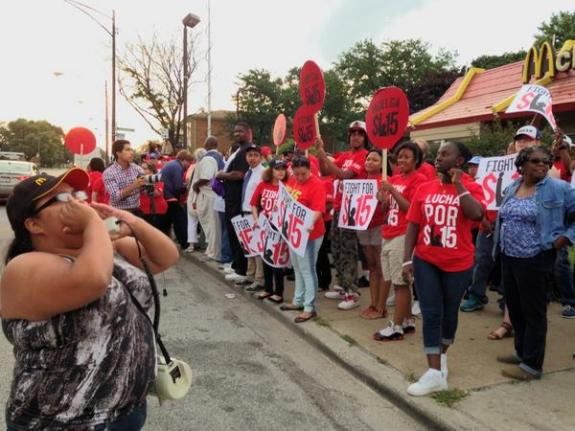 Fast Food Strikers in Chicago via Chicago Arise Twitter