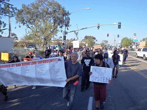 San-Diego-4MileMarch-1-19-15-Midway02