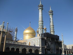 The shrine of Fatema Mæ'sume in Qom, Iran