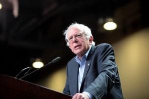 Bernie Sanders speaking in Phoenix, Arizona