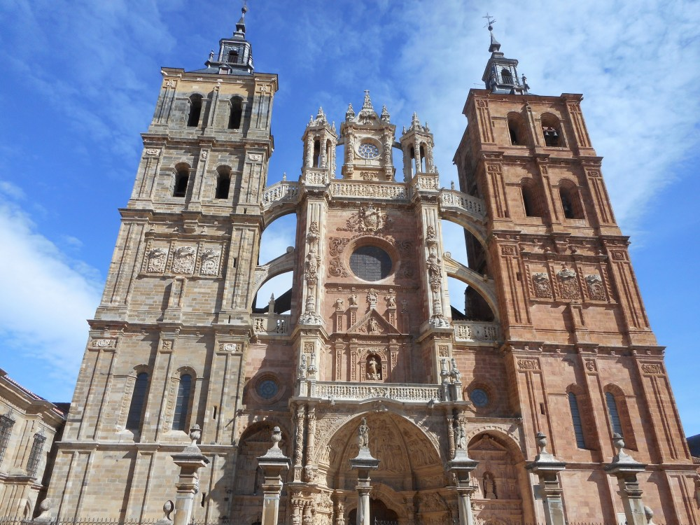 Astorga and Rabanal del Camino (Days 27 and 28 on the Camino) (3/6)