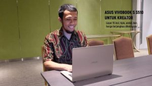 sandi iswahyudi asus vivobook s travel blogger indonesia