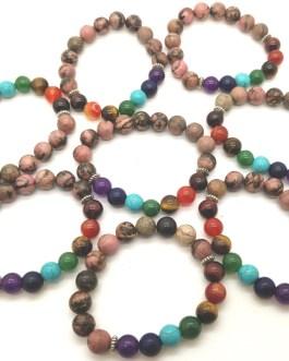 REF500A – BR. PIERRE perles 10mm – 7 CHAKRAS et RHODONITE