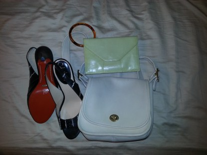 cole haan sandals \\ HOBO international wristlet \\ vintage coach bag in cream