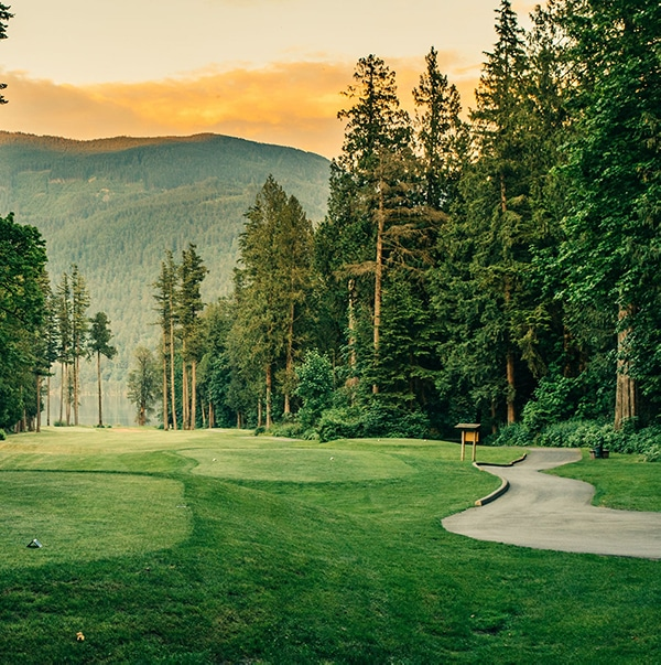 Free Golf Stay