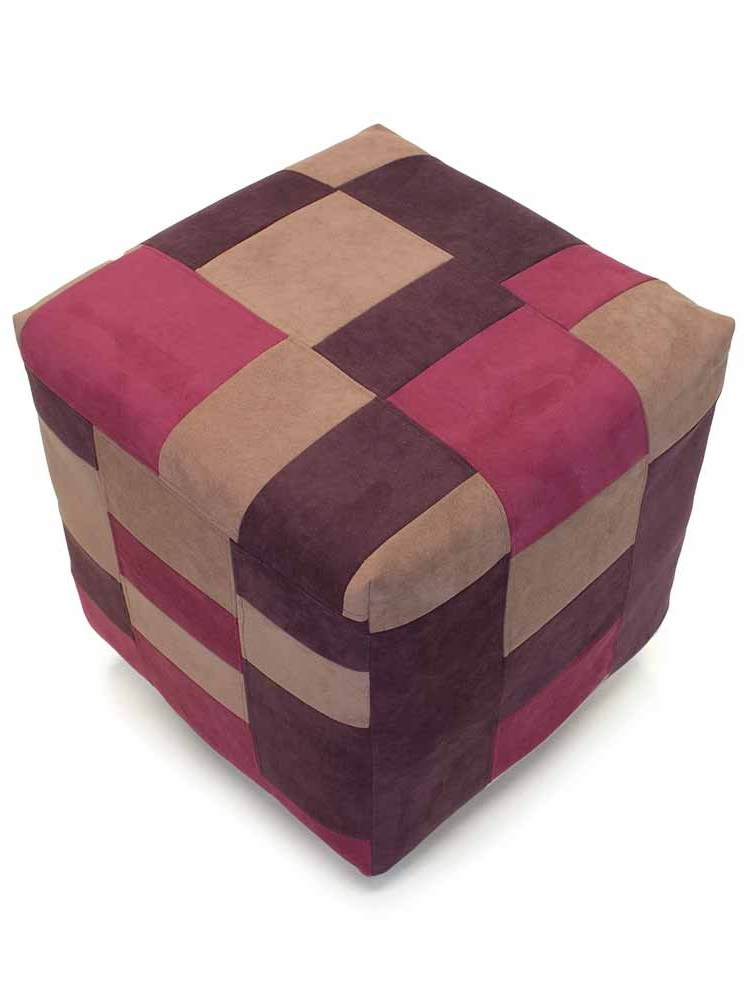 Poef of hocker bekleed met alcantara