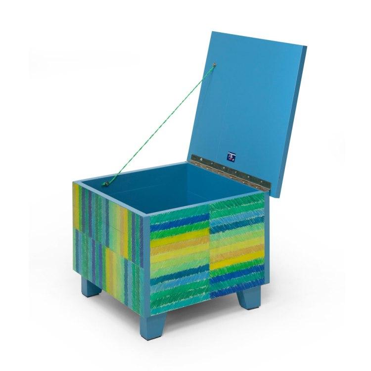 Salontafel met getekende strepen, blauwe versie, open klep