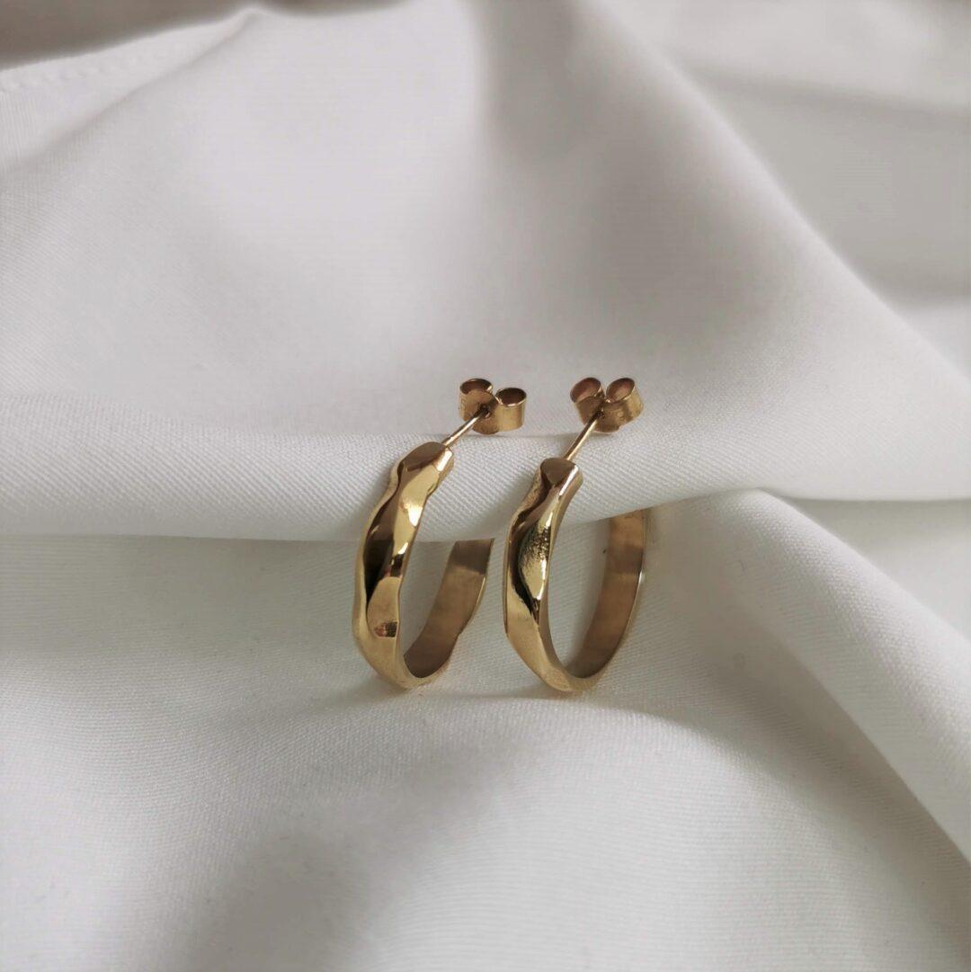 Grand Soft Day Gold Hoop Earrings