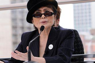 Yoko Ono at Imagine exhibition in Montréal – 2009