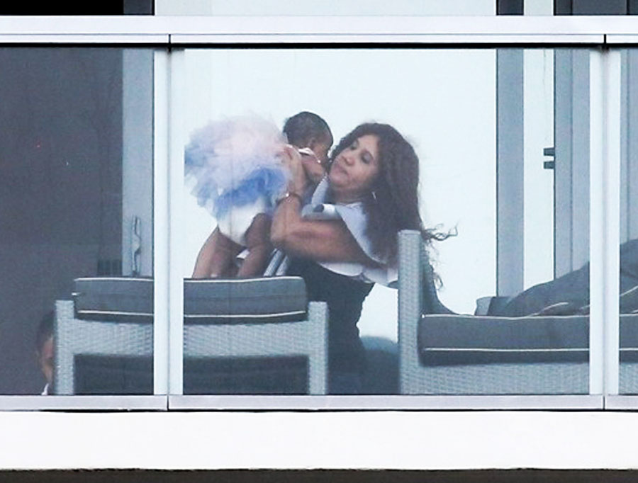 Cardi B Relaxes On Her Hotel Balcony With Her Daughter