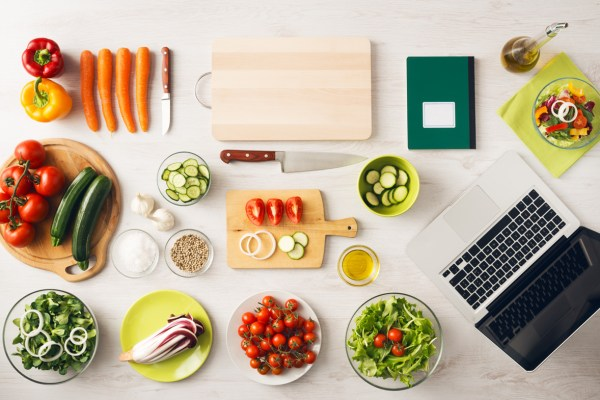 TOP BEST 10 HEALTHY FOOD BLOGS TO FOLLOW THIS 2019