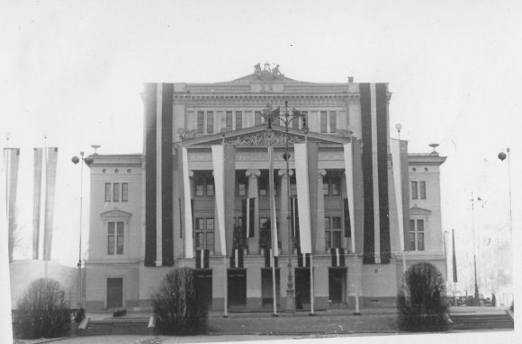 1939. gada 18. novembris, Rīga, © Hermanis Veinbergs / Sandra Veinberga, NordicBaltic Communications