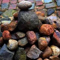 Tiek pārdots akmens, kas noslīcināja Latviju