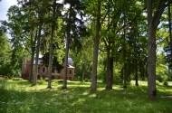 Grundzāle, Aumeisteri