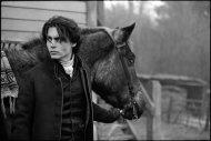 Johnny+Depp+on+the+set+of+Sleepy+Hollow,+Shepperton+Studios,+England,+1999+mary+ellen+mark+