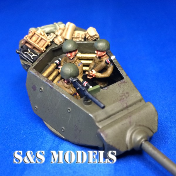 1/72 GB Armourfast M10 1/2 crew & shells pack