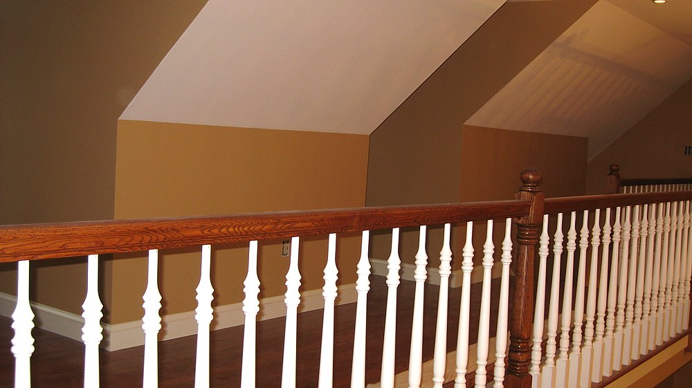 Stoddard home bannister and walls