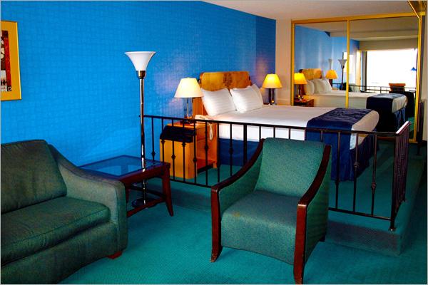 petite room - Best Reno Hotel