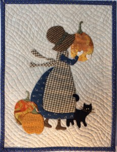sunbonnet-with-pumpkin