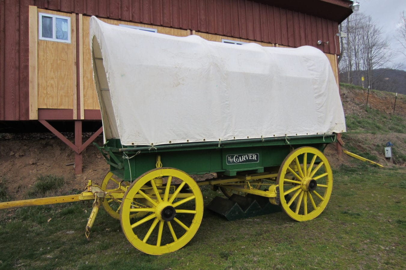 Garrett 1901 Carver Covered Wagon