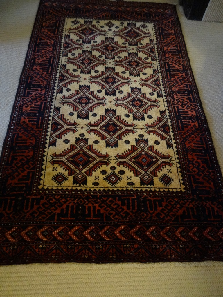 Hand knotted Persian Baluch rug