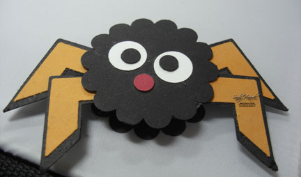 Here is a cute little spider for a Halloween treat or decoration