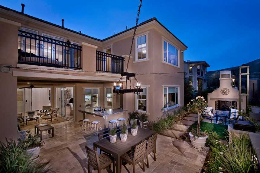 BELLA VISTA IN SAN ELIJO HILLS