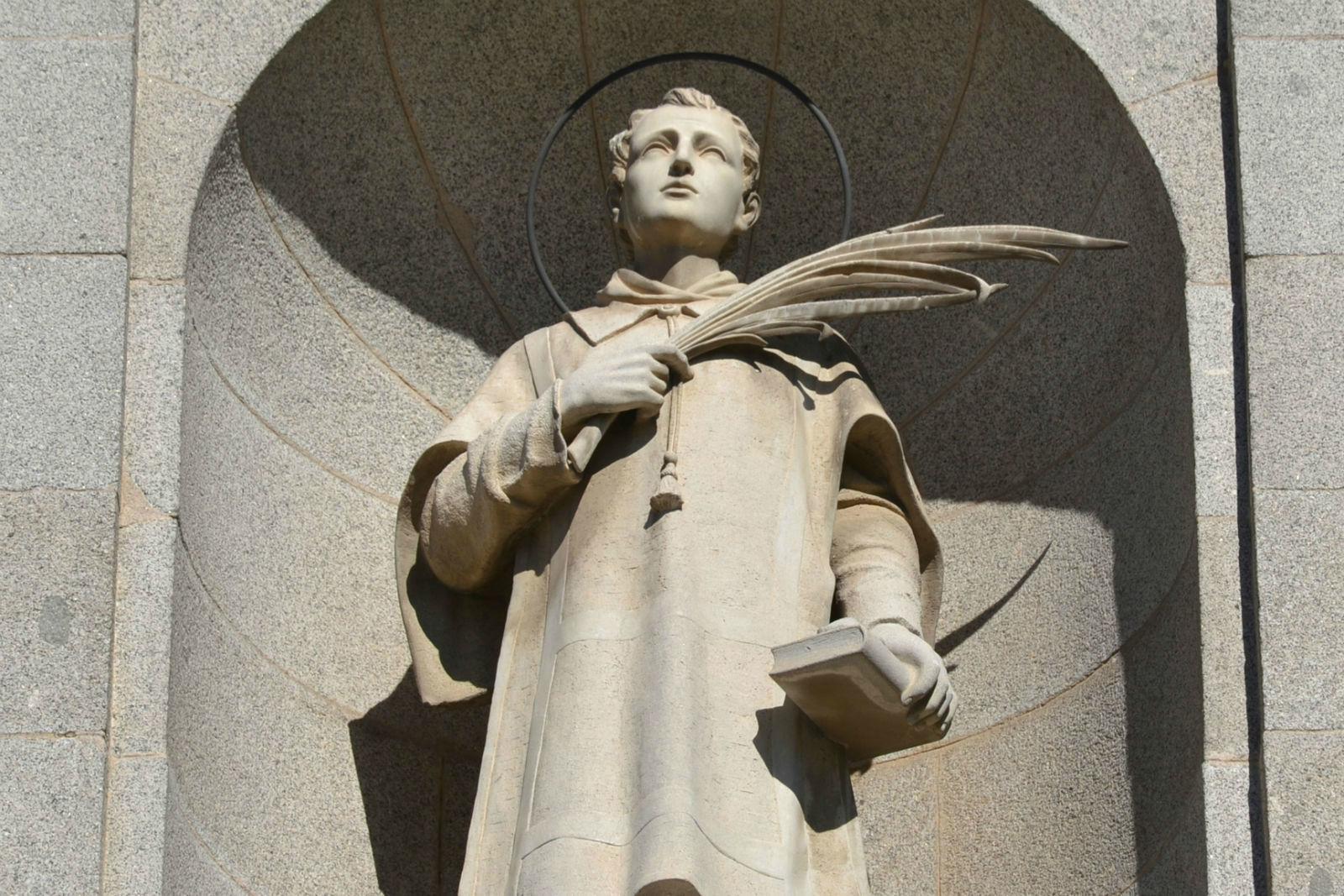 parroquia-san-esteban-portomartir-fuenlabrada-santo-exterior