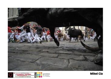 Mikel Cía - Curva Mercaderes