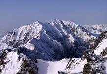 01五竜岳山頂より鹿島槍ヶ岳を望む
