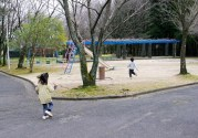 だって,公園で遊びたいから。