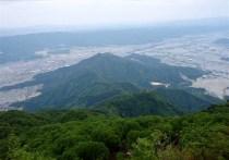 """⑪坂戸山634m。低山ながら端整な山。""""天地人"""""""