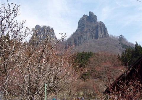 2009年4月12日 自主山行  高岩(恩賀高岩山)(西上州)