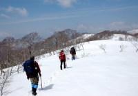 2009年4月4日 自主山行  姥ヶ岳(1453m)(福井県大野市)