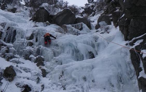 2011年2月5日 御在所岳、3ルンゼ(アイスクライミング)