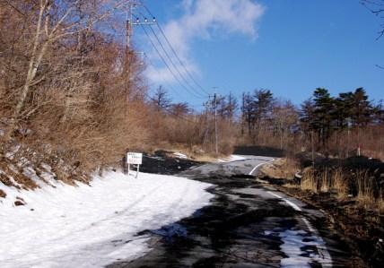 05 道路の雪はまばら